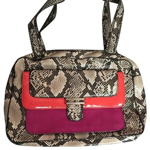 Jessica Simpson Satchel in Black /white /pink