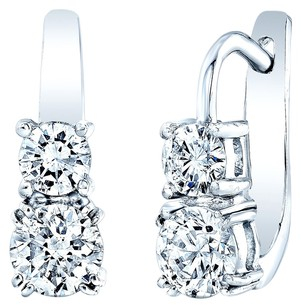 Beautiful 14K White Gold & Diamond Earrings weighing 1.05ctw (top stones) & 0.45ctw (bottom stone)