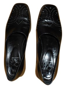 Joan & David Leather Black Flats