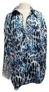 Jones New York Woman Blue Long Sleeve Animal Print Zip Front 2663 A Top Blue/White