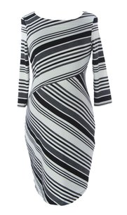 Jules & Jim Maternity Maternity,womens,jules&jim_dress_h15556_blwhgreystr_m