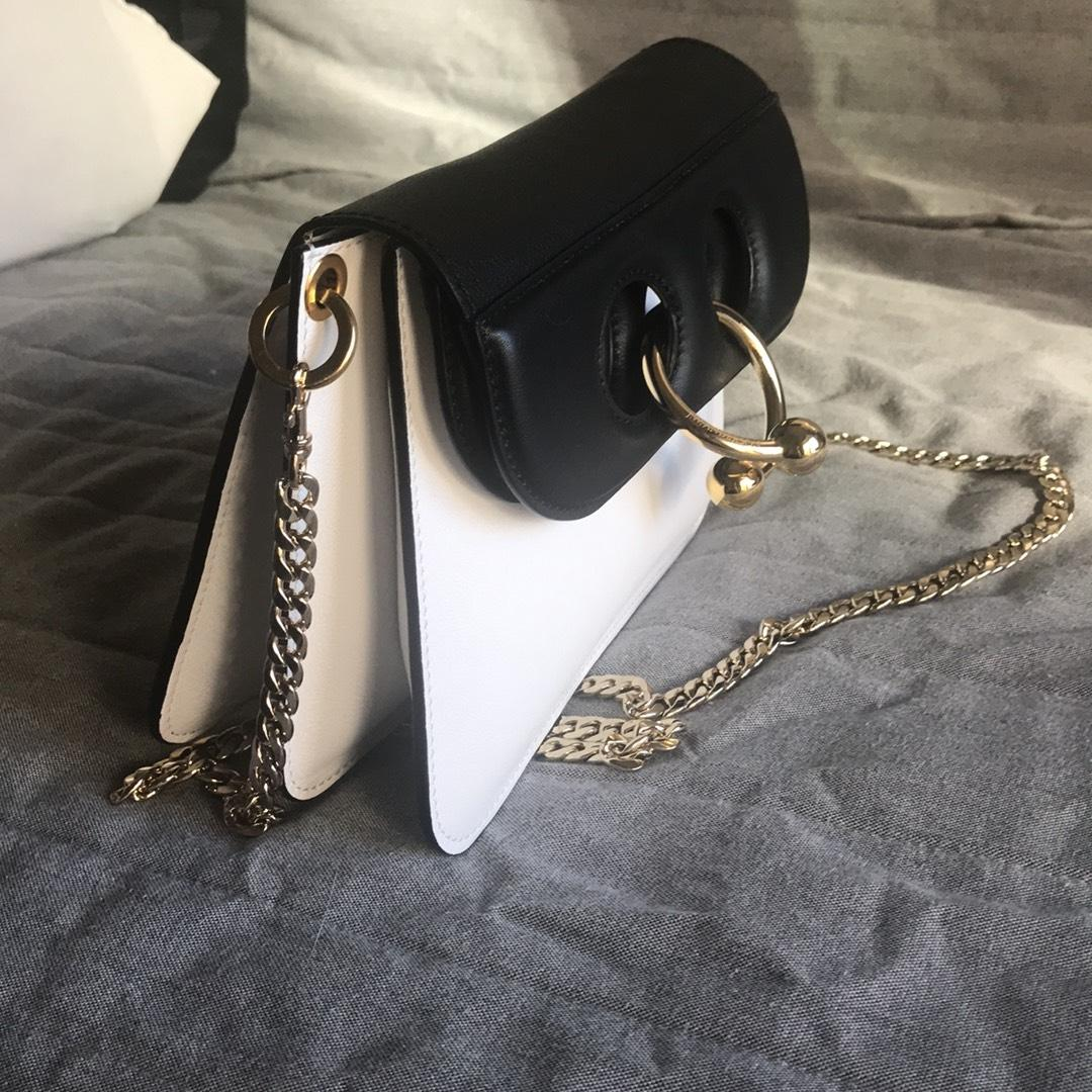 JW Anderson two tone Pierce crossbody bag Outlet Best Prices Best Place To Buy Outlet Deals Sale Pay With Paypal Db6Bhr7IS