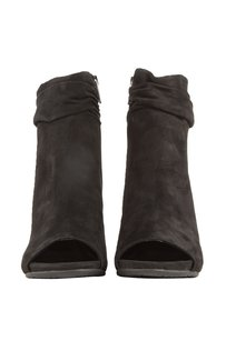Kenneth Cole 410004148279 Black Boots