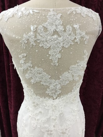 La Sposa Off White Inatti Formal Dress Size 8 (M)