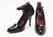 Lanvin Womens Patent Leather Black Pumps