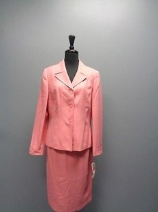 Le Suit Le Suit Essentials Coral Pink Button Up Skirt Suit Polyester Sm2728