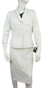 Le Suit Le Suit Vanilla Two Piece Skirt Suit Size