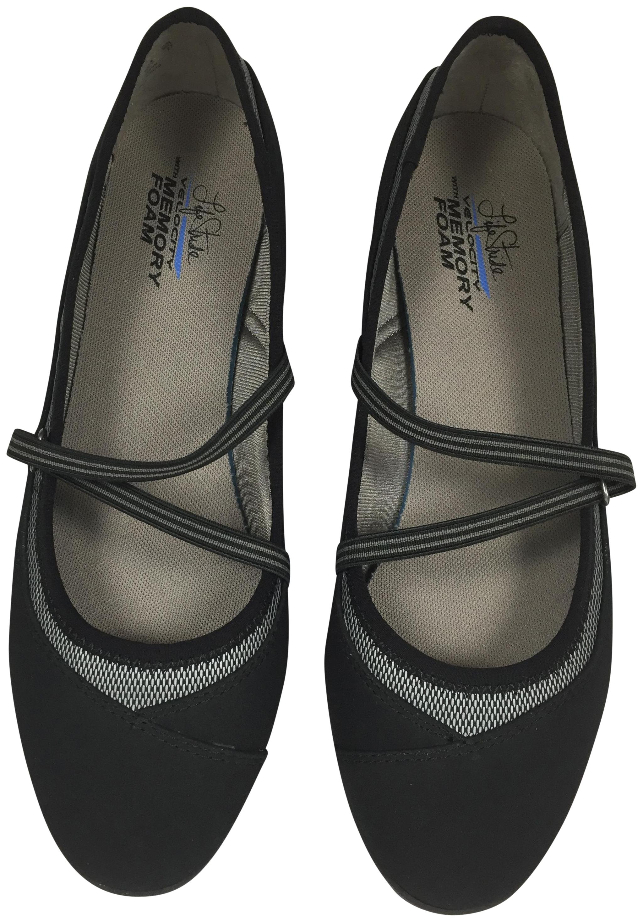 LifeStride Mary Jane Memory Foam Low Heel Black Flats ...