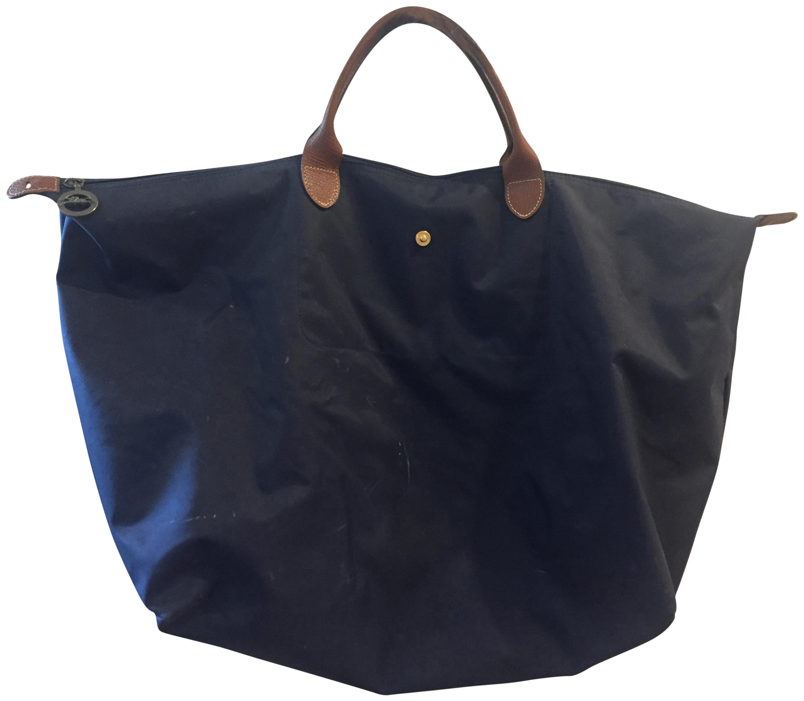3840030a383 Best Buy Portable Longchamp Cosmetic Bags Navy | Rigolade