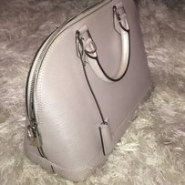 Louis Vuitton Satchel in light lavender