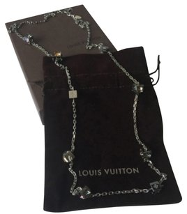 Louis Vuitton Louis Vuitton Palladium 48