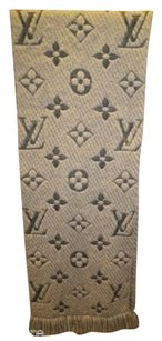 Louis Vuitton Rare Louis Vuitton Gray Large LV Monogram Winter Scarf w Fringe Grey