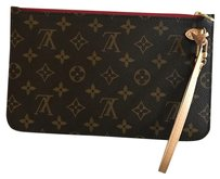 Louis Vuitton Wristlet in mono piovine