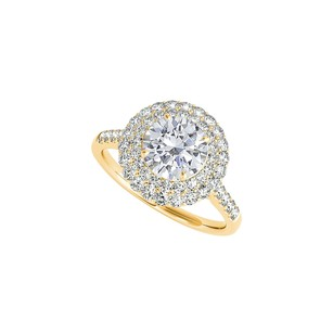 LoveBrightJewelry Cubic Zirconia Halo Ring in 18K Yellow Gold Vermeil