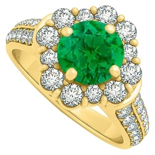 LoveBrightJewelry Emerald Cubic Zirconia Halo Engagement Ring 1.75 TGW