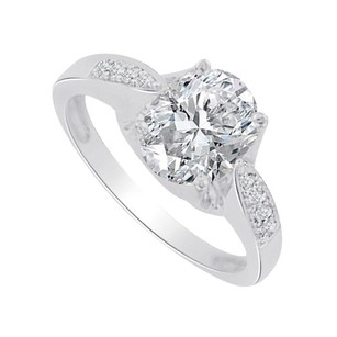 LoveBrightJewelry Oval Cz Solitaire Ring In Sterling Silver 1.50 Ct Tgw