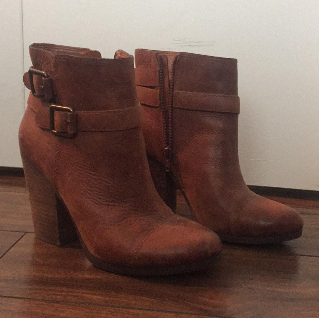 Lucky brand leather boots 8