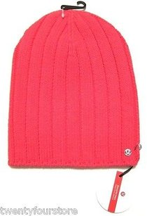 Lululemon Lululemon Blissed Out Toque Knit Beanie Hat In Boom Juice Pink