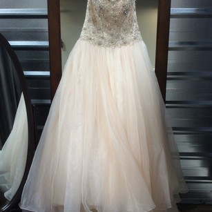 Maggie Sottero Lordes Wedding Dress