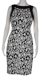 Maggy London Womens Black Sheath Floral Sleeveless Knee Length Dress