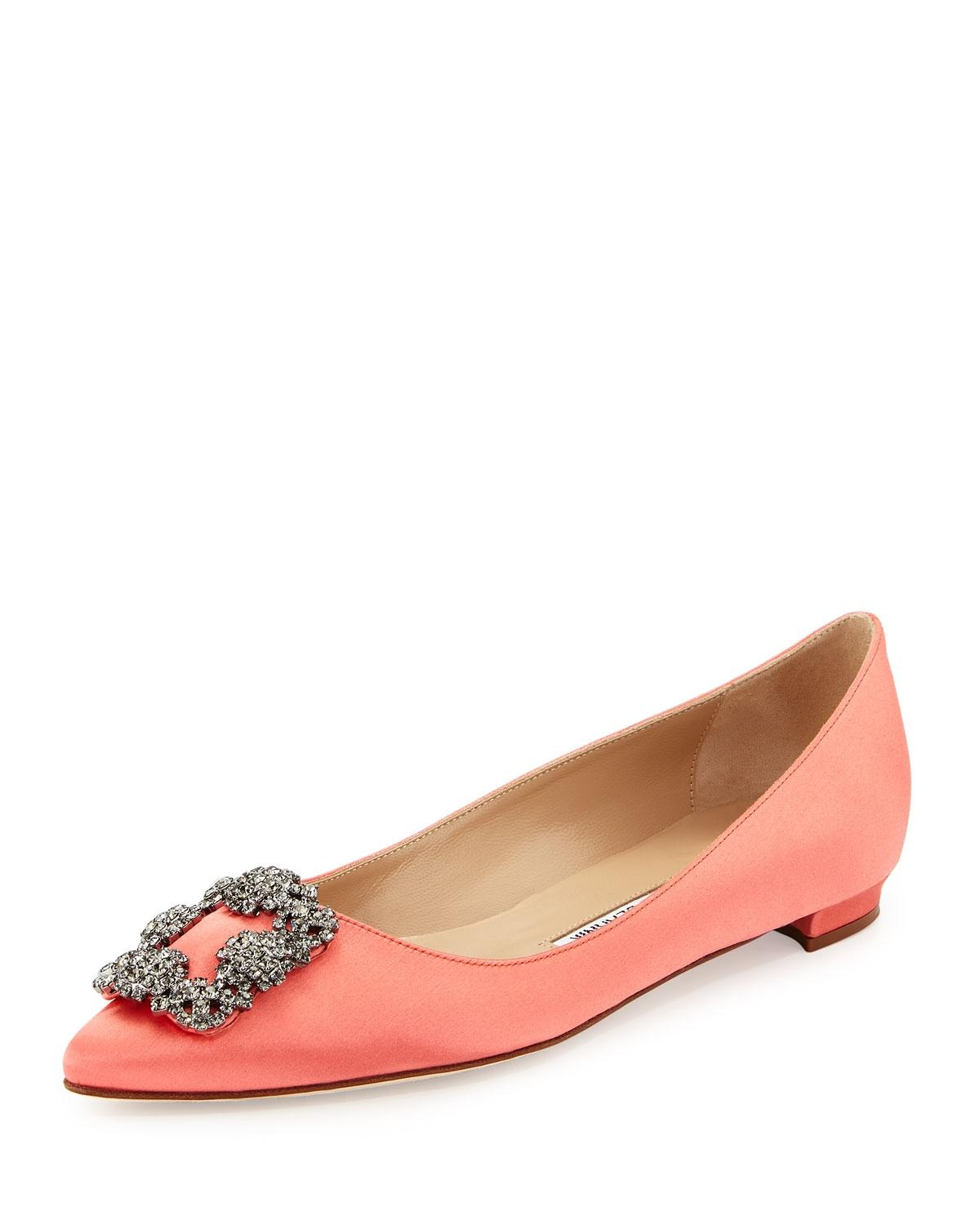 f5019bcb86a4 ... low price manolo blahnik satin hangisi coral flats a7e78 9941d