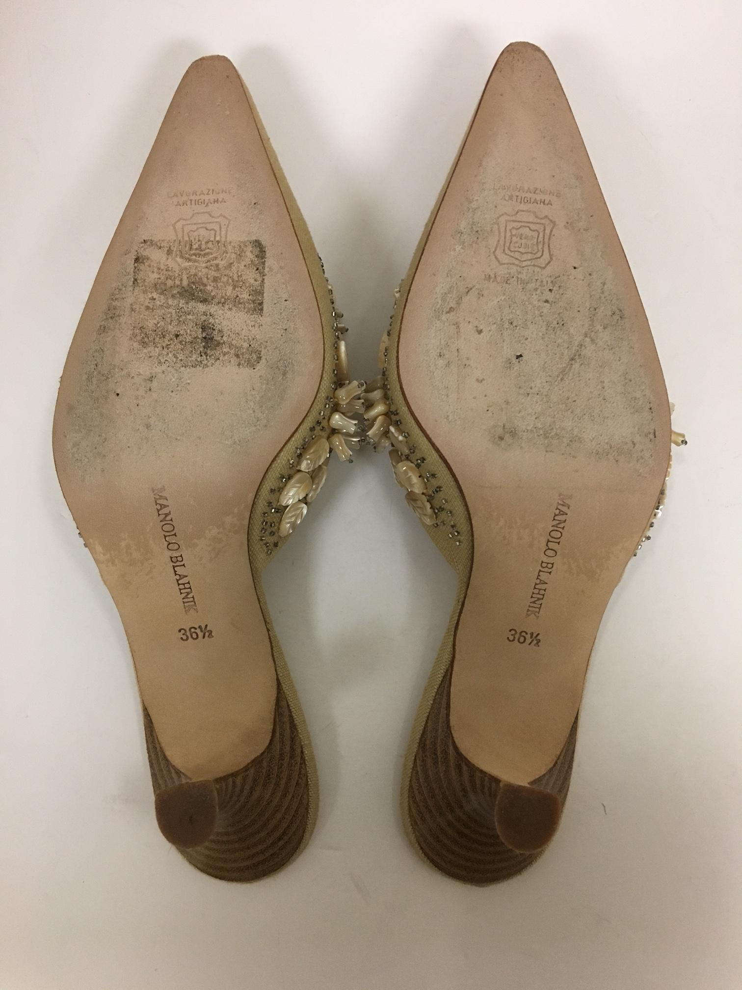 Pay Shell Credit Card >> Manolo Blahnik Pointy-toe Kitten Heel With Shell Beading Tan Mules | Mules & Clogs on Sale