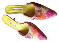 Manolo Blahnik Slip On Heels Pink multi Mules