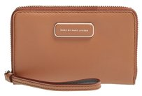 Marc by Marc Jacobs Wristlet in Cinnamon Stick