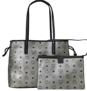 MCM Tote in Silver metallic
