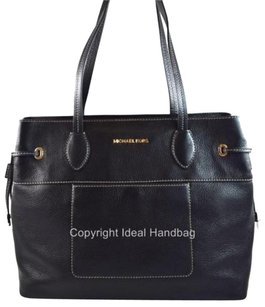 Michael Kors Leather Mae Tote in Black