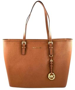 Michael Kors Leather Jet Set Tote in Brown