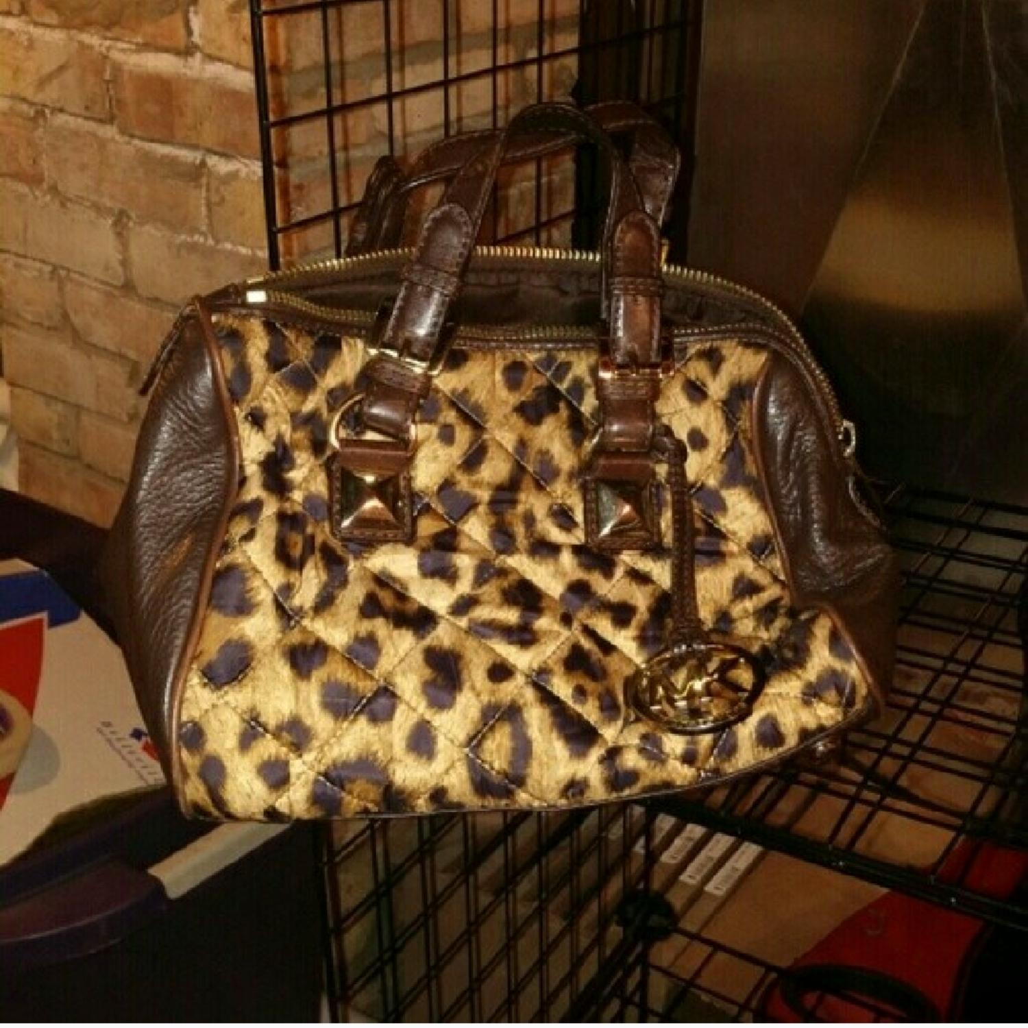 21375cc1d9a8 switzerland michael kors animal print satchel 2fef5 d93bb