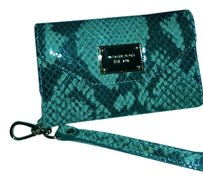 Michael Kors MICHAEL KORS WALLET CLUTCH FOR APPLE I PHONE