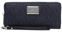 Michael Kors New with Tags Jet Set Travel Continental Wallet