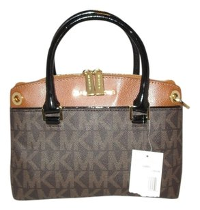 Michael Kors Satchel in Brown Monogram