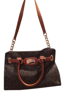 Michael Kors Satchel in Brown/Tan