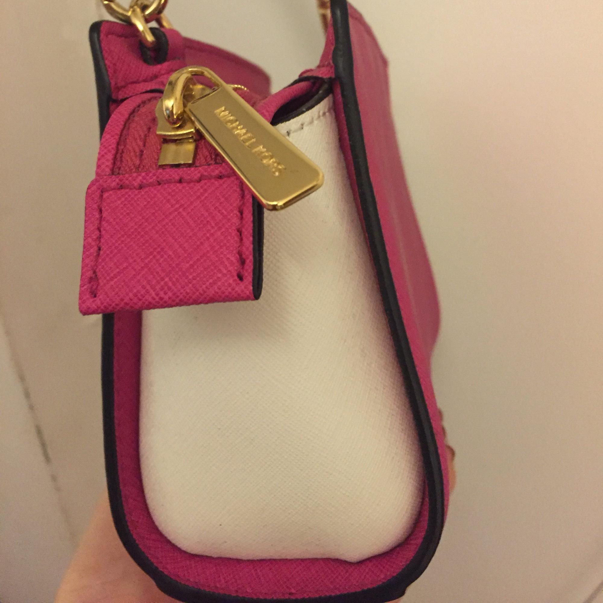 d77bcf83972e ... low price michael kors selma mini messenger hot pink white cross body bag  tradesy 898a6 1021c
