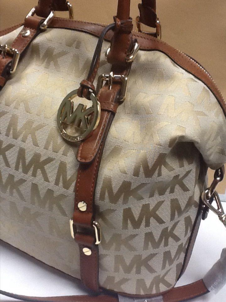 436a87ce0072 ... get michael kors signature medium bedford handbag beige with luggage  eee10 d72da