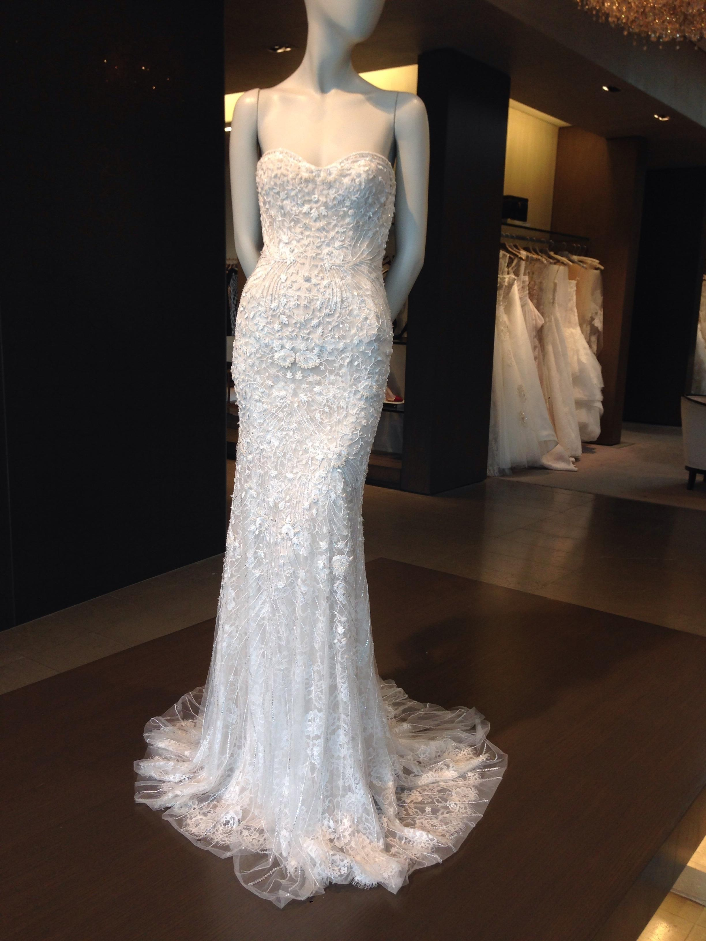 Monique Lhuillier White Silk And Chantilly Lace Gwyneth Wedding Dress Size 0  (XS) ...