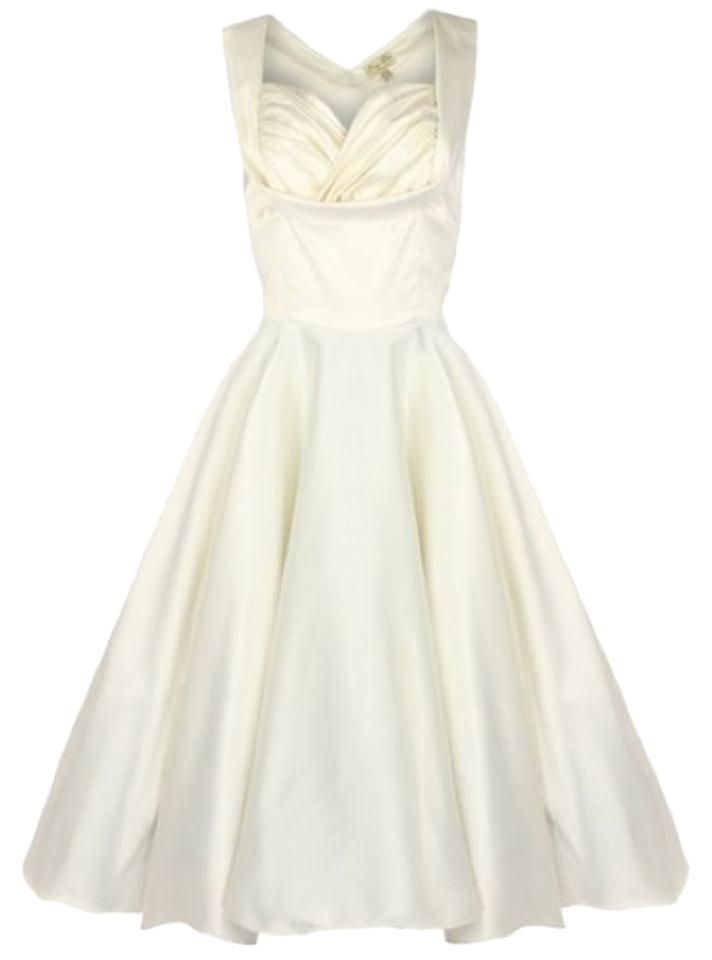 New Never Been Worn Modcloth Wedding Dress in Aisle Be There