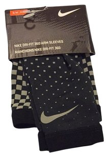 Nike Flash Arm Sleeves Warmers