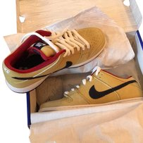 Nike Brown/Red/Black/White Athletic