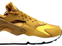 Nike Bronze Athletic