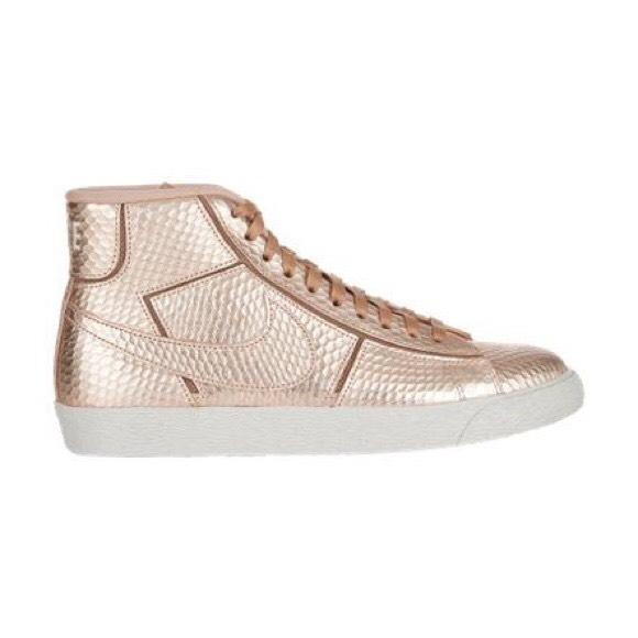 Nike Rose Gold/Python Pumps. Nike Rose Gold/Python Blazer Pumps Size US 7.5  Regular (M, B)