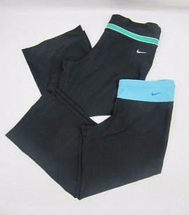 Nike Womens Lot Of Nike Fit Dry Black Cropped Athletic Workout Capri Pants