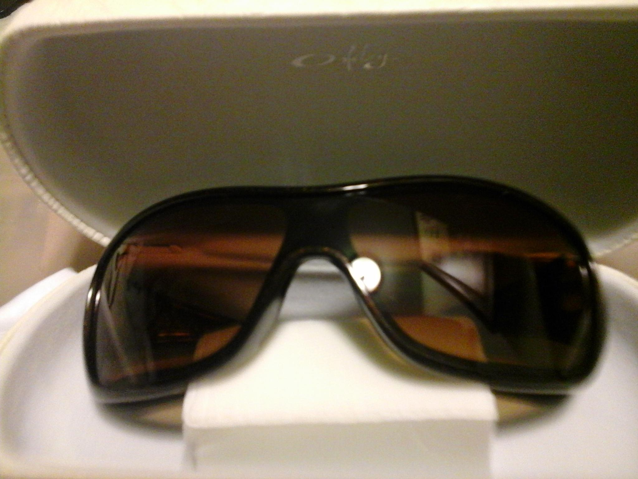 62adb64c90 ... norway oakley dark brown metallic new confront black with gradient new  2a52b 2fcaf