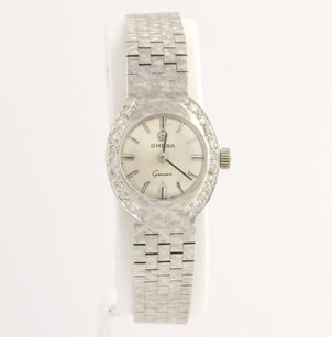 Omega Omega Ladies Wristwatch - 18k White Gold Florentine Bracelet Dias Genuine .18ctw