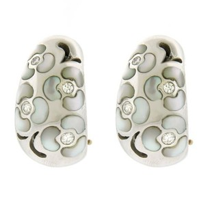 Other 13.1 Dwt 18k White Gold Diamond Mother Of Pearl Earrings