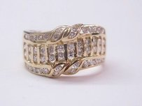 18kt Designer Round Cut Diamond Ring Yg .84ct