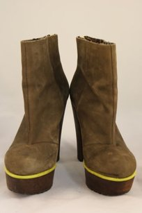 Betsey Johnson Mayson Womens Taupe Boots